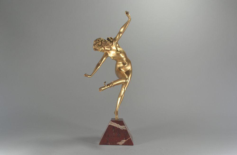 Claire COLINET. Bronze snake dancer