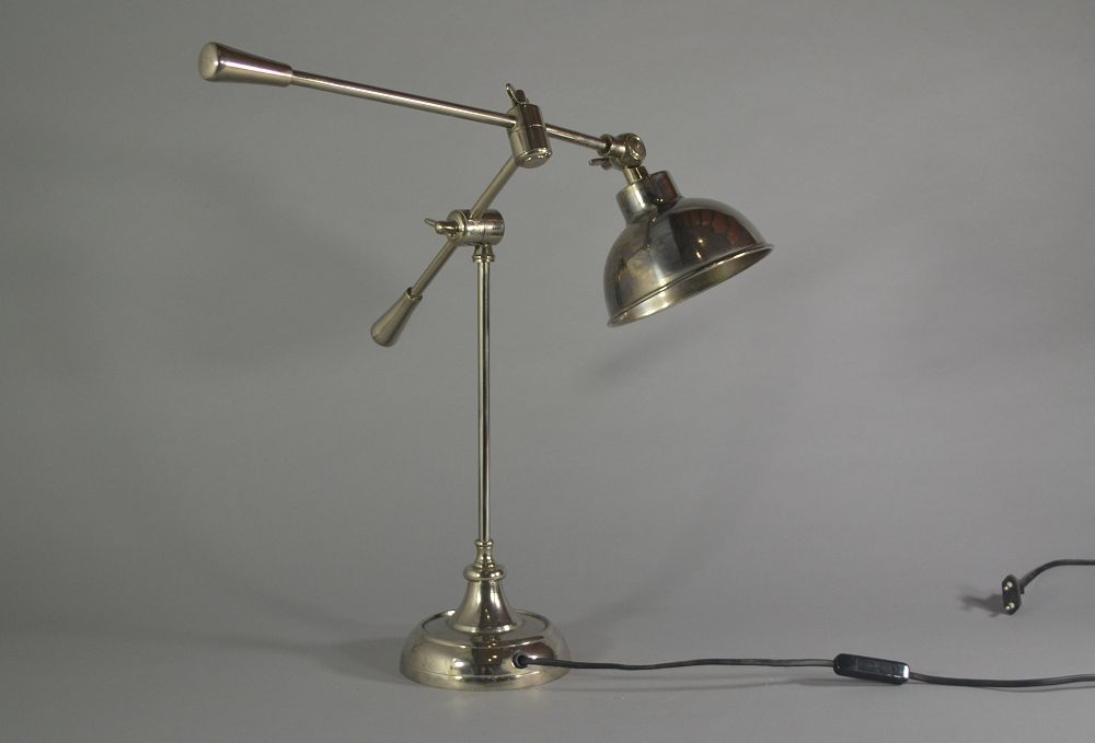 Art deco style double counterweights lamp