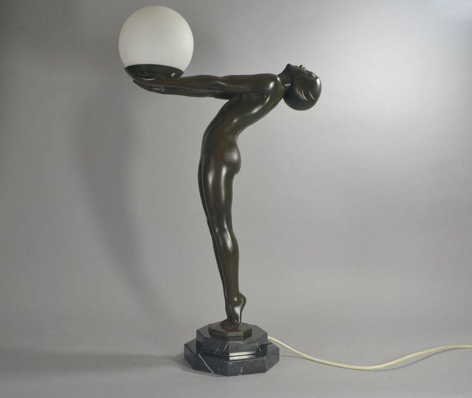 Max Le Verrier iconic figural lamp LUEUR 62 cm