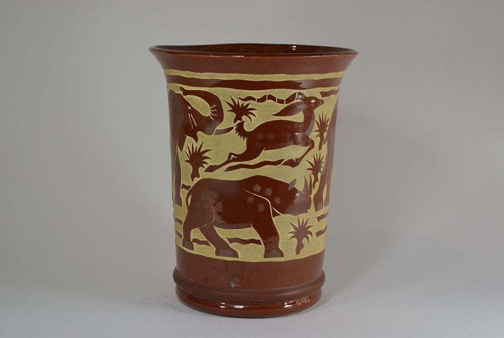 Roger Mequinion. Brown vase. Savannah