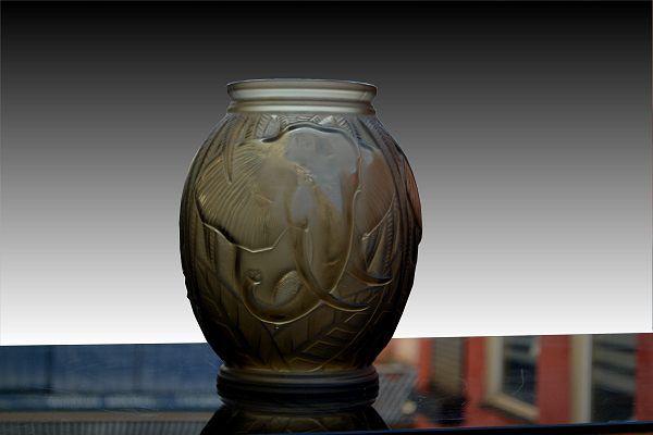 1930 Davesn Elephant Vase Art Deco Sculptures Bronze Clocks Vases