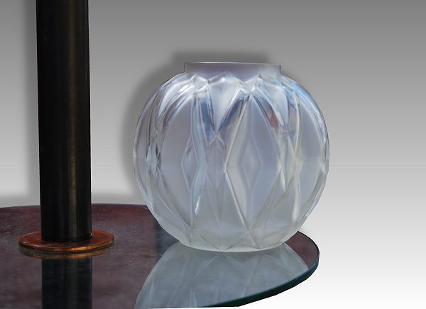 1930 Hard To Find Andreacute Hunebelle Art Deco Glass Vase