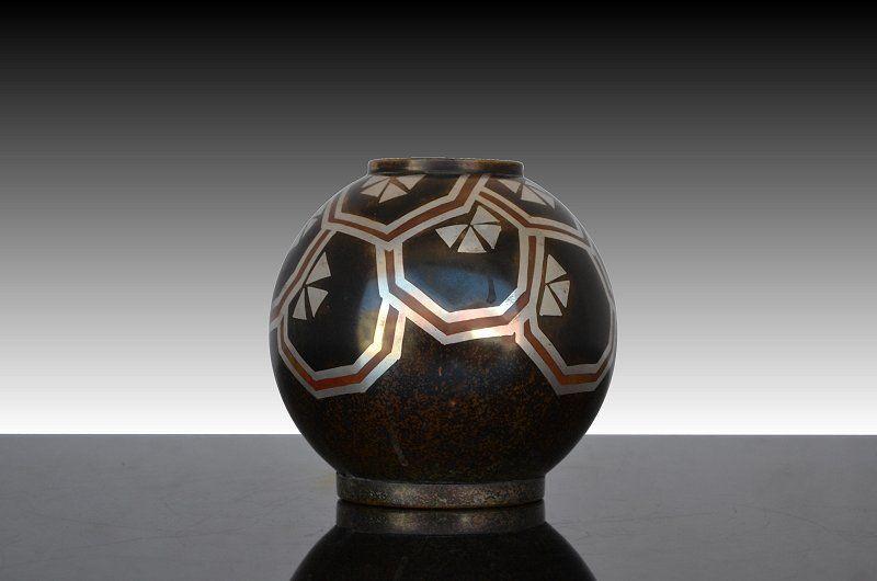 art deco modernist dinanderie vase art deco sculptures bronze clocks vases. Black Bedroom Furniture Sets. Home Design Ideas