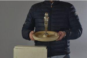 Paul Philippe. Rare bronze figure on large onyx base