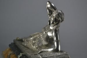 Cleopatra. Dh. Chiparus bronze figure. Signed.