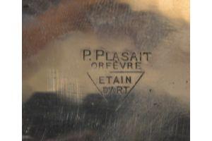 Large Plasait Center Piece