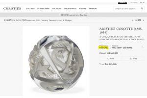 Aristide COLOTTE. ball glass with bird. Prestigious provenance.