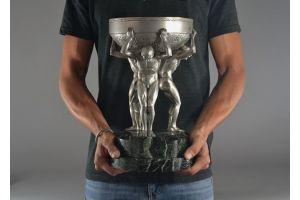 Impressive bronze art deco center piece with 3 men.