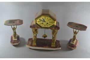 Egyptian Revival impressive clock. Gilded bronze.