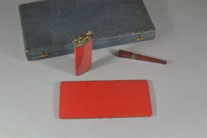 Art deco boxed smoker's set