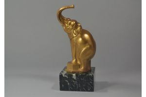 Fontinelle. Bronze elephant on marble base