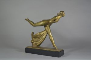 Raoul Lamourdedieu bronze sculpture of a lady.