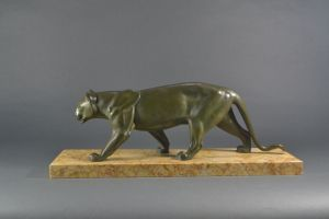 Leducq : Art deco panther on marble base