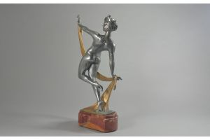 Limousin (attr.) art deco Dancer on marble base