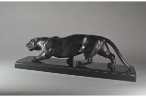 Luce : Art deco bronze panther. Signed. Circa 1930.