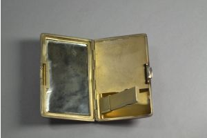Art deco lacquered sterling silver french compact. Cartier ?