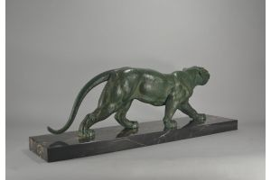 Chiparus large art deco panther. Signed.