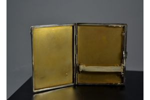 Circa 1930 art deco modernist lacquered sterling silver cigarette box. Sandoz ?