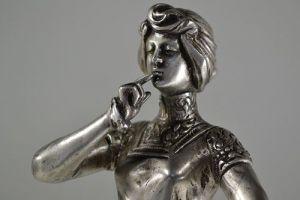 Shh ! Art nouveau Jugenstil bronze symbolist figure
